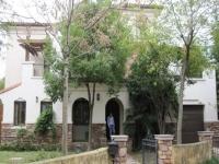Haus in mediterranem stil in der Naehe der deutschen Schule Pudong